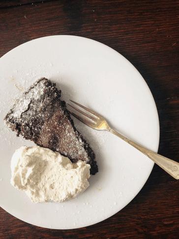 Vibes kocht: Schwedische Schokoladen Kuchen